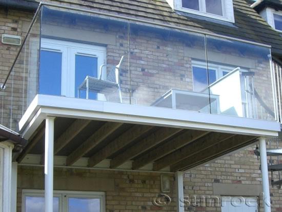 Infinity glass balconies design 3d infinity glass for Balcony company