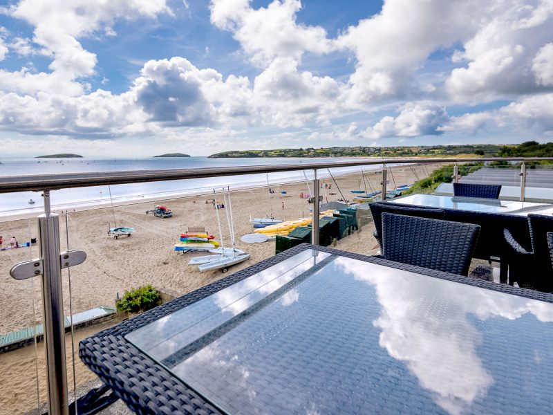 glass and steel balustrades abersoch beach cafe