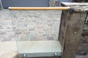 glass balustrade wooden handrail