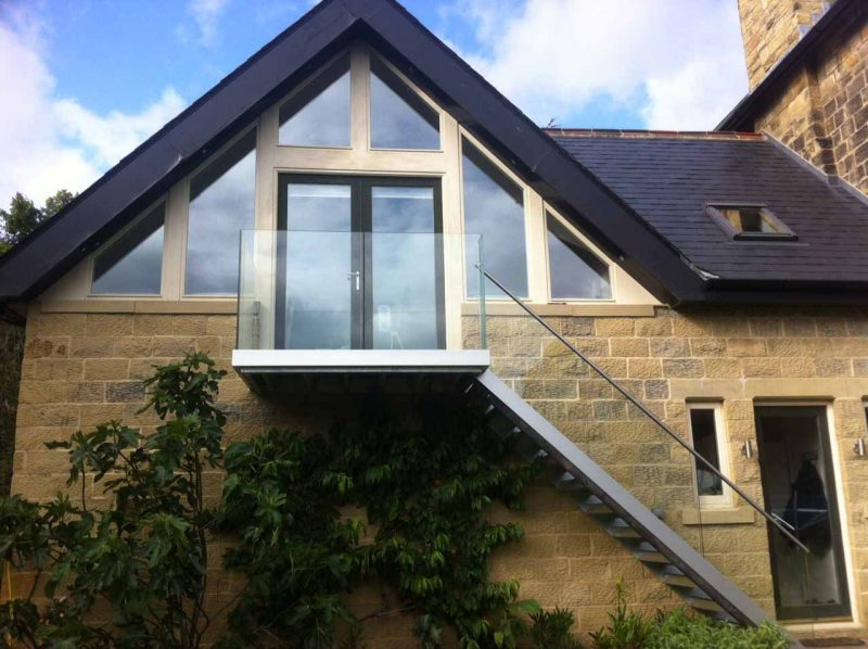 small infinity balcony with infinity stair balustrades yorkshire