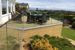 infinity glass balustrade
