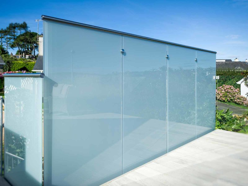 privacy glass balustrade