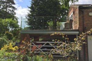 sunrock balcony frame with infinity balustrades