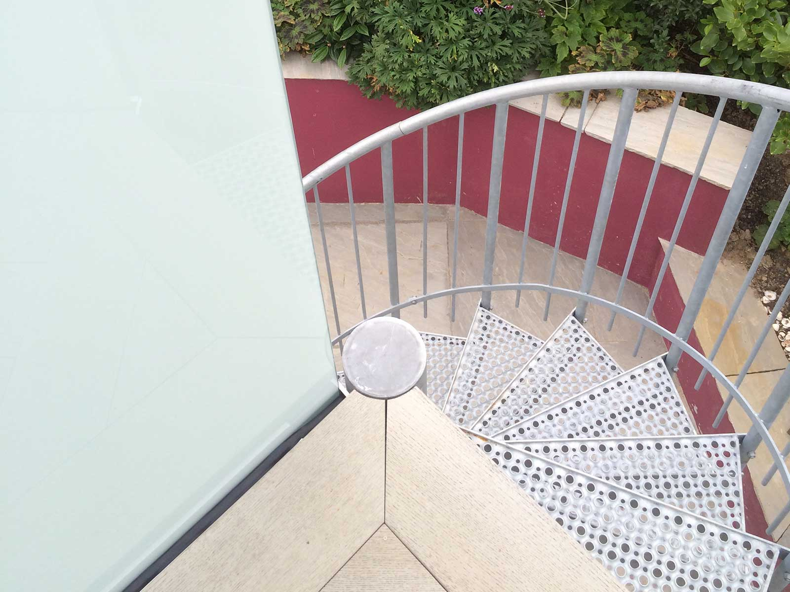 Balcony Privacy And Access » Deluxe External Spiral Staircase