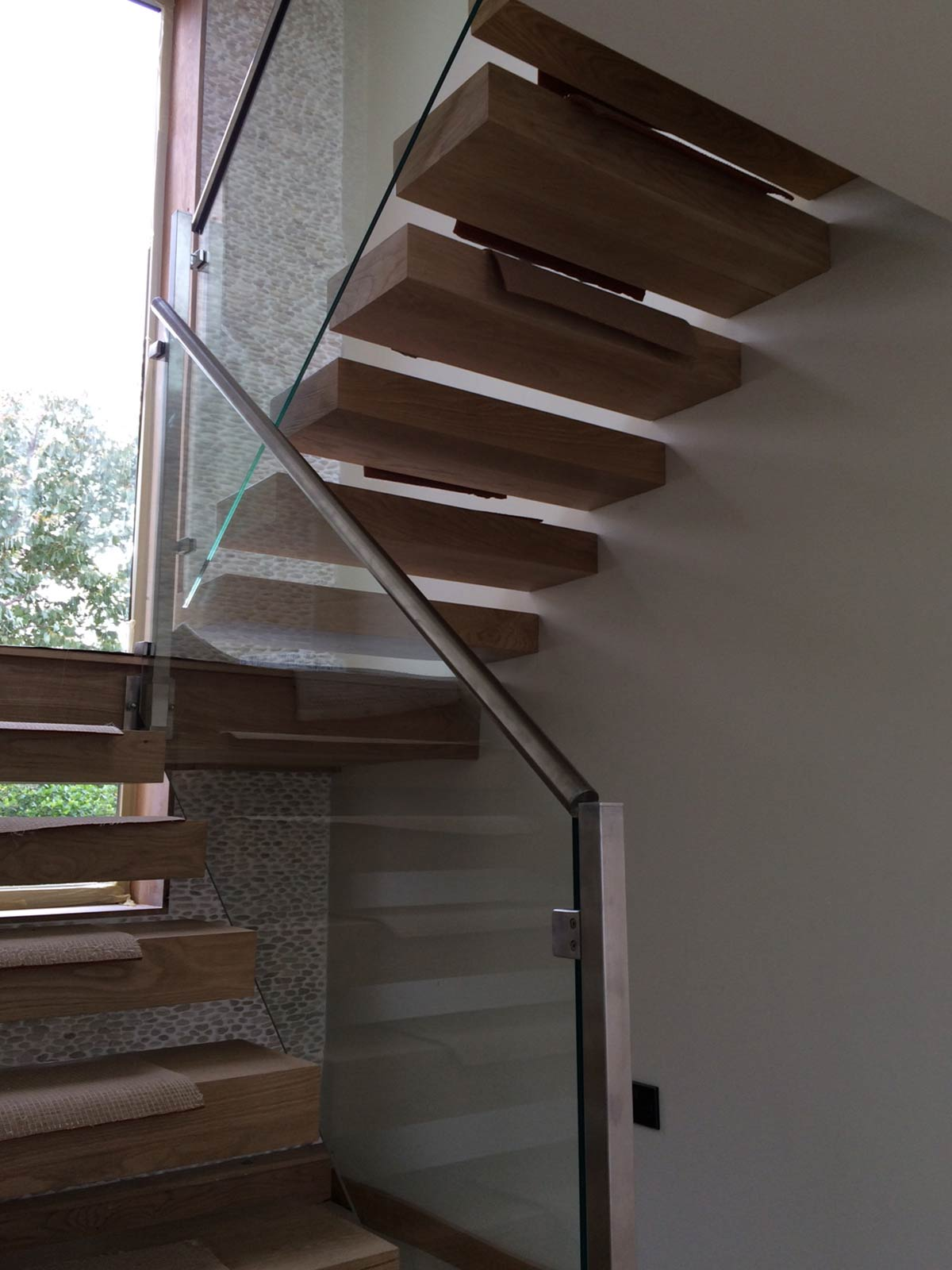 staircase glass balustrades with handrail