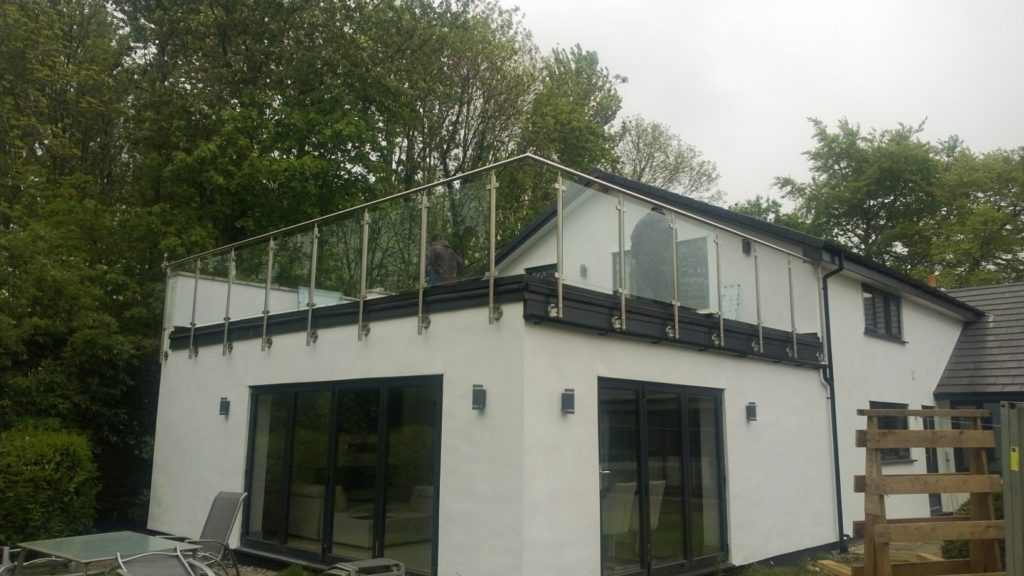 fix balustrades to firestone rubber roofing