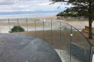 curved infinity glass balustrades